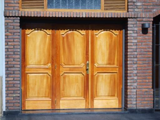 1 portones pucar calidad y precio en portones for Modelos de garajes